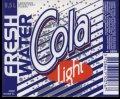 Fresh Water Cola Light - 0,5 l - Brystetiket